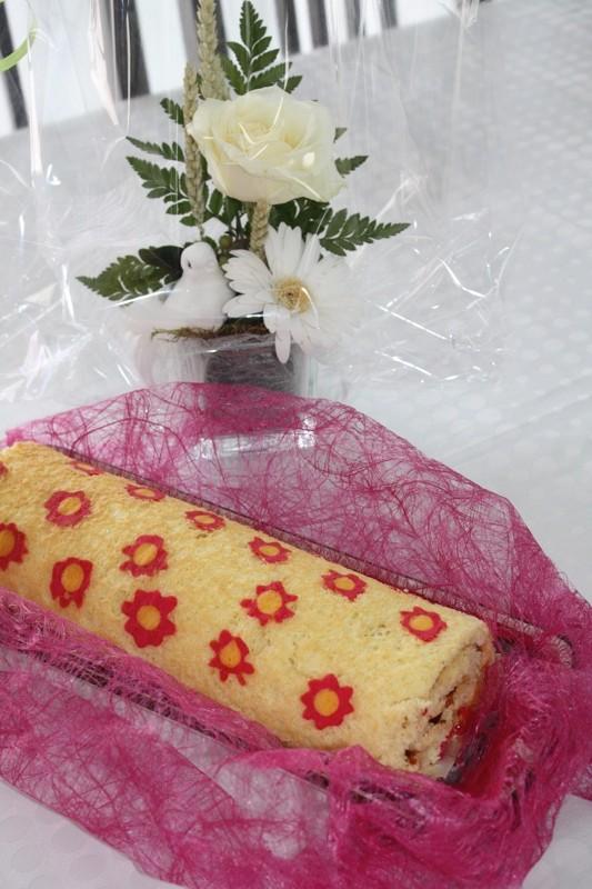 gâteau imprimé roulé à la confiture