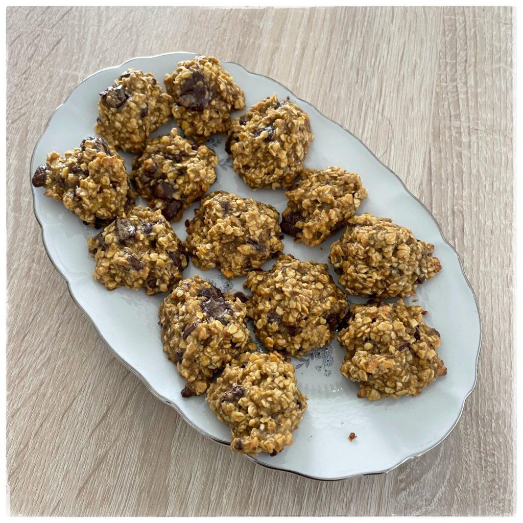 Cookies dans le plat de mémé